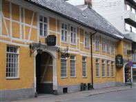 Oslo, old building at Stortorvet. Photo rita de Lange/Fjord Travel Norway