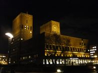 Oslo City Hall by night. Photo Rita de Lange/Fjord Travel Norway