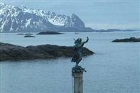 Fisherman's wife at Svolvaer, Lofoten Islands. Photo Rita de Lange/Fjord Travel Norway