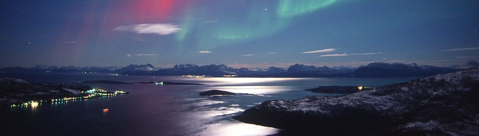 Northern Lights at full moon