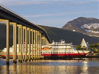 Hurtigruten departing Tromso. Photo bard Loken www.nordnorge.com