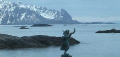Lofoten Islands, approaching Svolvaer. Photo Rita de Lange/Fjord Travel Norway