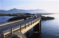 Atlantic ocean road. Photo credit Terje Rakke, Nordic Life/Fjord Norway