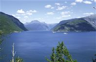 The blue Hardangerfjord. Photo by Gaby Bohle/Innovation Norway