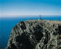 North Cape cliff. Photo TErje Rakke, Nordic Life/Innovation Norway