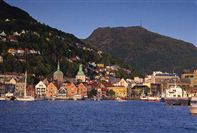 Bergen waterfront and hillsides. Photo Per Nybo/Bergen Tourist Board